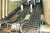 Hareketli yürüyen merdiven — Stok fotoğraf