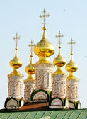Golden domes of the orthodox church — Stock Photo