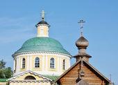 Cúpulas de la iglesia en kosino cerca de moscú — Foto de Stock