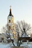 Winterlandschap met kerk — Stockfoto