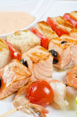 Grilled salmon and shrimps — Stock Photo