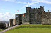 Dover Castle in Kent county distant shot — Stock Photo