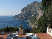 Isla de capri - una vista bonita terraza — Foto de Stock