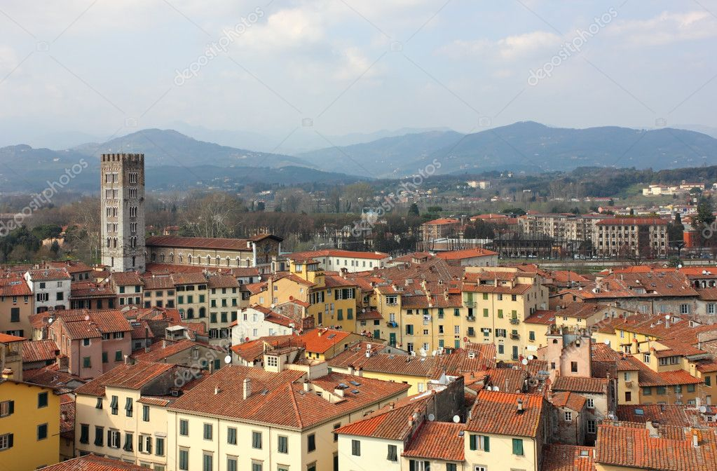 Lucca in Tuscany, Italy an Aerial panoramic view with Piazza dell' Anfiteatro in a bright sunny day. — Stock Photo #9621435