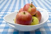 Braeburn Apples — Stock Photo