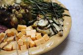 ビュッフェ式料理の皿 — ストック写真