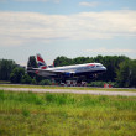 Airplane landing — Stock Photo