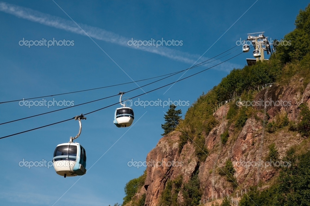 Cavalese Italy  city photo : Aerial tramway cable car Cermis, Cavalese, Italy — Foto Stock ...