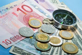 Kompass över valuta — Stockfoto