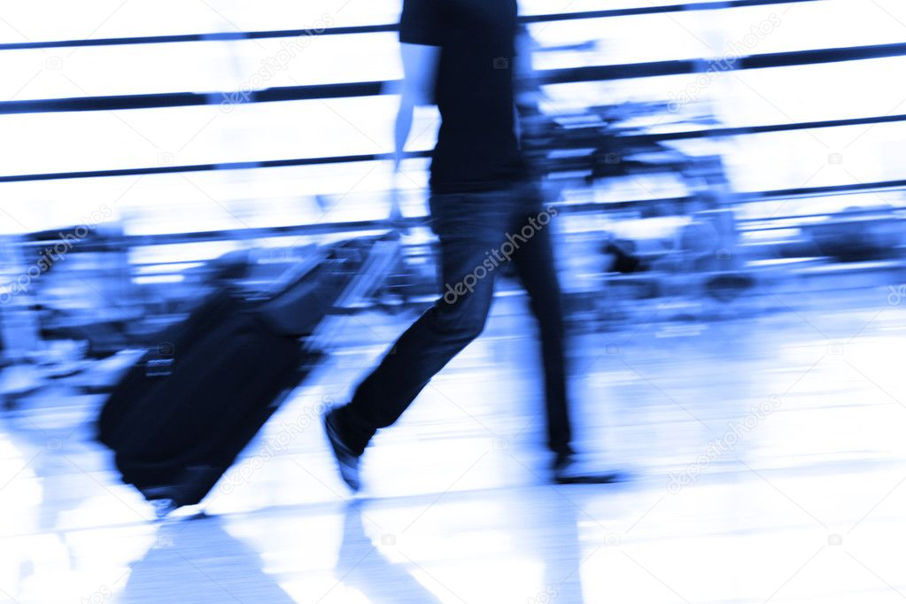The passenger at the airport. — Stock Photo #9607880