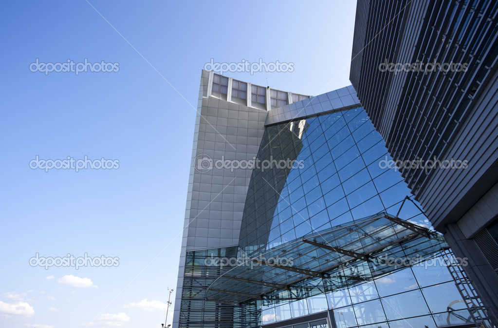 The modern building with the blue sky backgroun. — Stock Photo #9663980