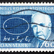 Postage stamp Denmark 1963 Niels Bohr and Atom Diagram - Foto Stock