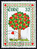 Postage stamp Ireland 1995 Tree of Hearts — Stock Photo