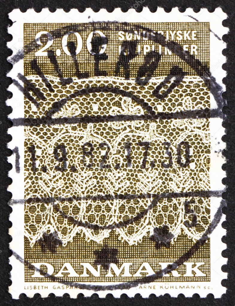 DENMARK - CIRCA 1980: a stamp printed in the Denmark shows Tonder Lace Pattern from North Schleswig, circa 1980 — Stock Photo #9389335