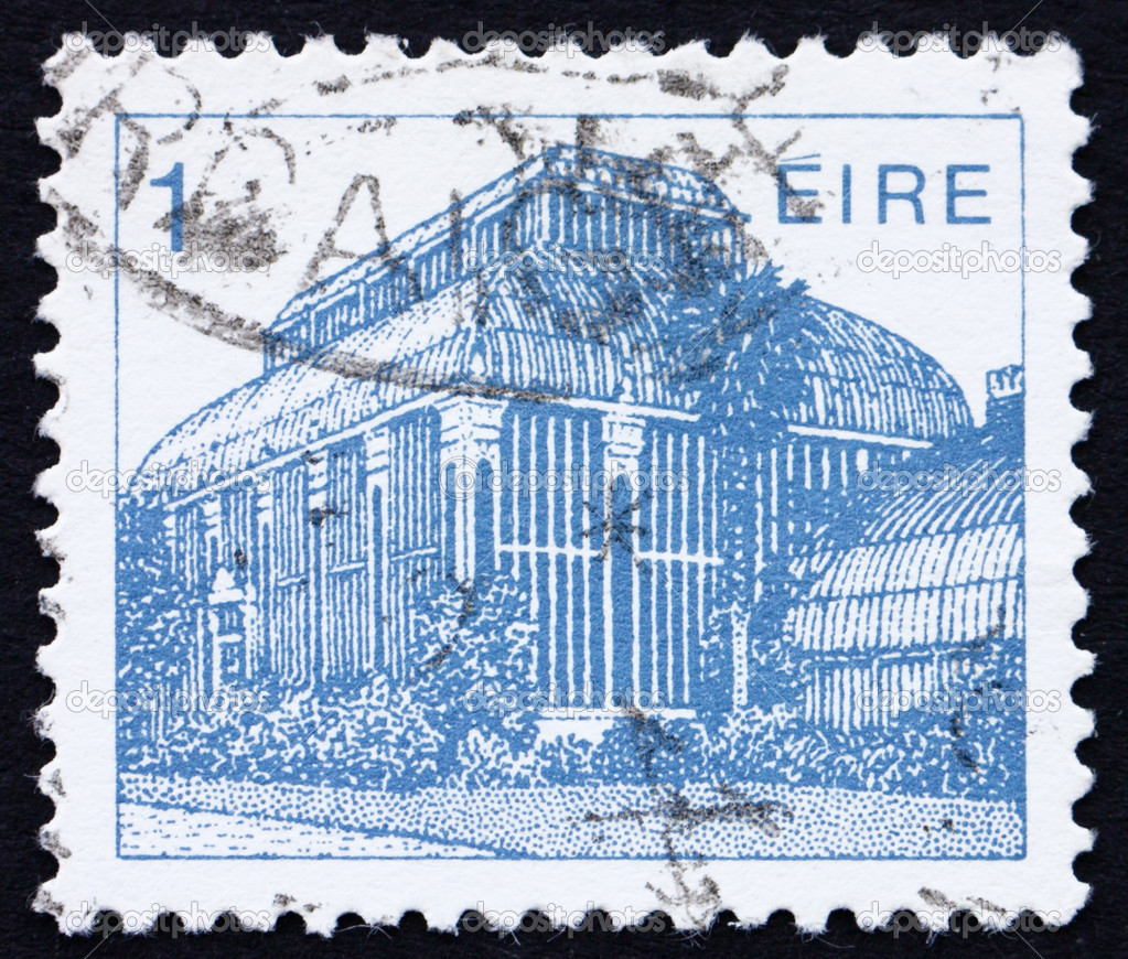 IRELAND - CIRCA 1983: a stamp printed in the Ireland shows Central Pavilion, Dublin Botanical Gardens, circa 1983 — Stock Photo #9521178