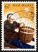 почтовая марка бельгия 1976 корзина чайник — Стоковое фото