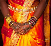 Wedding hands — Stock Photo