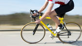 Cyclist at speed — Stock Photo