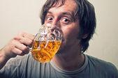Beer drinker — Stock Photo