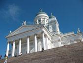 Domkyrkan på senatstorget i helsingfors — Stockfoto