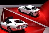 2 つの白いトヨタ 2000 gt — ストック写真