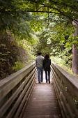Couple marchant — Photo