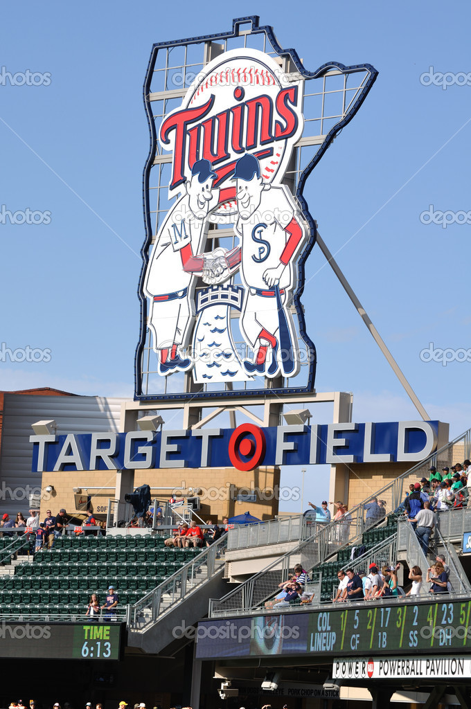 MINNEAPOLIS, MN - JUNE 15: View of Minnesota Twins Sign at Target Field before Major League Baseball game between the Colorado Rockies and the Minnesota Twins o — Stock Photo #8283111