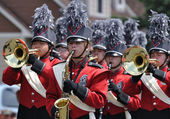 Richfield High School Marching Band Performing in a Parade — Stock Photo