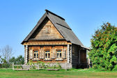 Old wooden house — Stockfoto