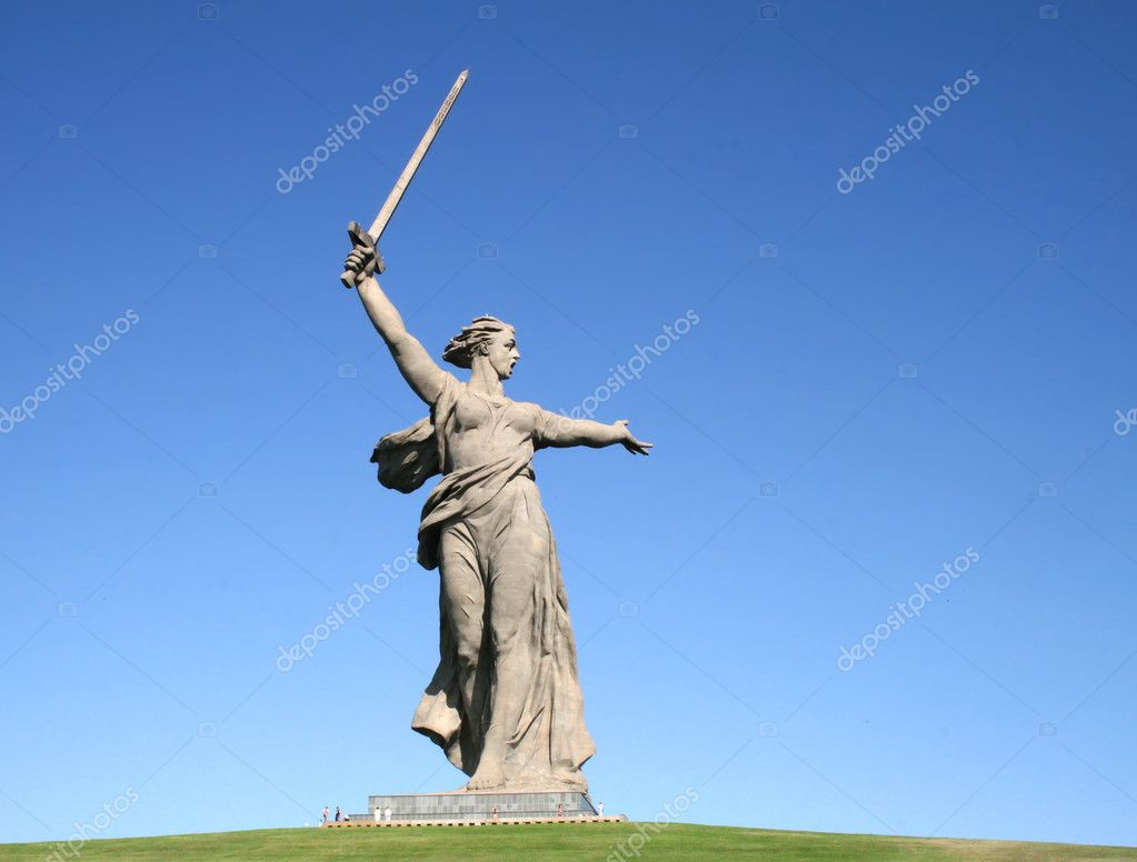 The Motherland Calls in Mamayev Kurgan in Volgograd, Russia — Stock Photo #8801409
