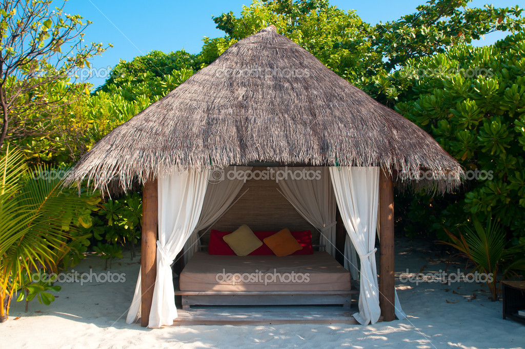 Beach Cabana on a maldivian island — Stock Photo #8635547