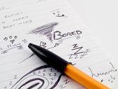 Doodle skizze ausgekleidet arbeit business notizblock mit gelangweilt zeichnungen ein — Stockfoto