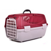Pet travel plastic cage — Stock Photo
