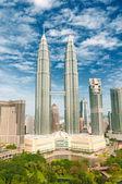 Petronas towers, Kuala Lumpur — Stock Photo