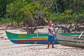 Little Asian boy with boat, Philippines — Stock Photo