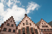 Historical Romer Square in the city of Frankfurt Main, Germany — Stock Photo