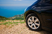 Car on the top of the moutain — Stock Photo