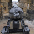Cannon hidden in the wall - Edinburgh Castle, Scotland — Stock Photo