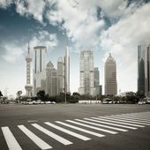 The century avenue in shanghai — Stock Photo