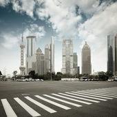 The century avenue in shanghai — Stock Photo