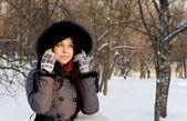 Portrait of a girl walking in park in winter — Stock Photo