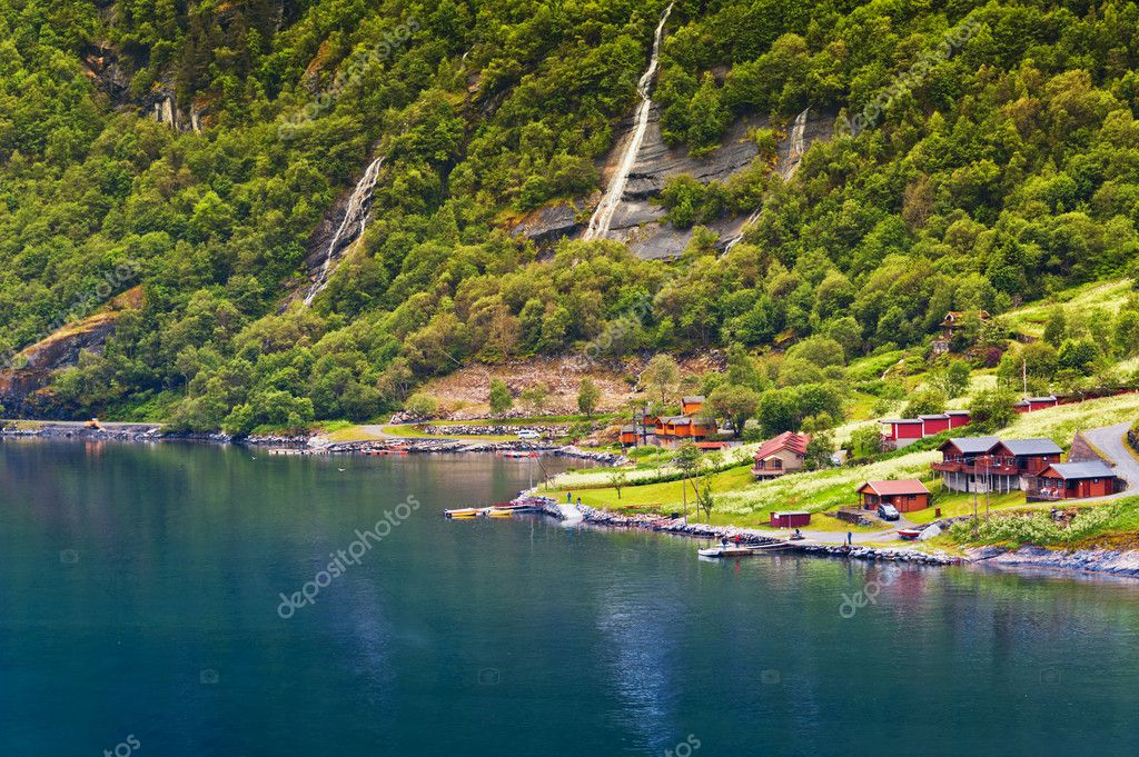 Camping near the sea. Norway. Geiranger.  Stock Photo #9581070