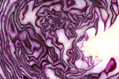 Raw cut red cabbage pattern and texture — Stock Photo
