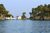 Old Greek orthodox church on island Panagias in Parga — Foto de Stock