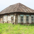 An abandoned wooden house. — Stock Photo