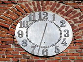 Old wall and clock — Stok fotoğraf
