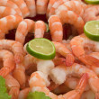 Gourmet large shrimp cocktail with cocktail sauce, lime and lettuce — Stock Photo