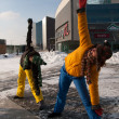 Women exercising in winter cold, Vilnius, Europe square — Stock Photo