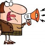 šílený obchodní žena křičí přes megafon — Stock fotografie