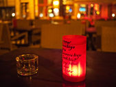 świeca i popielniczka — Zdjęcie stockowe